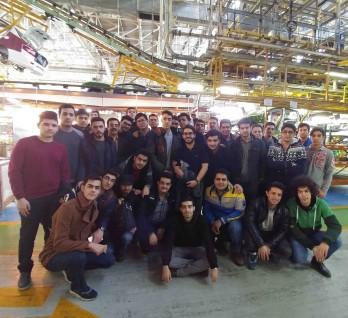 بازدید علمی دانشجویان مهندسی  مکانیک از مجموعه  ایران خودرو