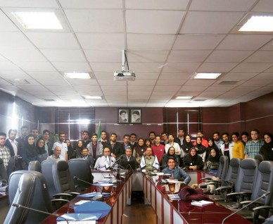 هفدهمين نشست دانشجويی IEEE بخش ايران در دانشگاه علم و فرهنگ برگزار شد
