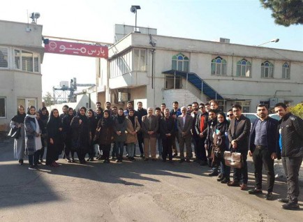 بازدید دانشجویان دانشگاه علم و فرهنگ از شرکت پارس مینو