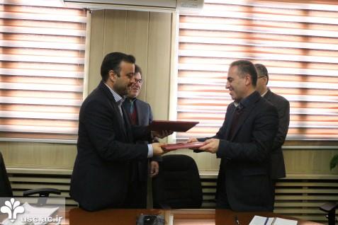 امضاء تفاهمنامه همکاری بین دانشگاه  علم و فرهنگ و پارک ملی علوم و فناوریهای نرم و صنایع فرهنگی